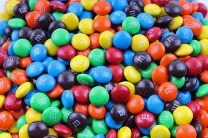 mms-logo-m-minuscule-sur-chocolat